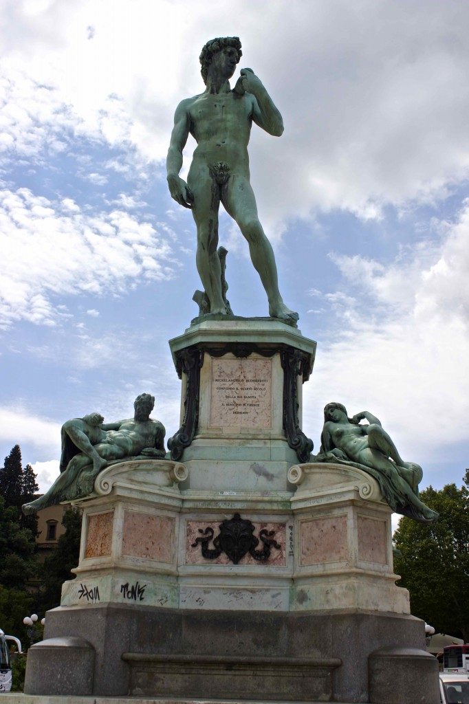 The David copy in the Piazzale Michelangelo.