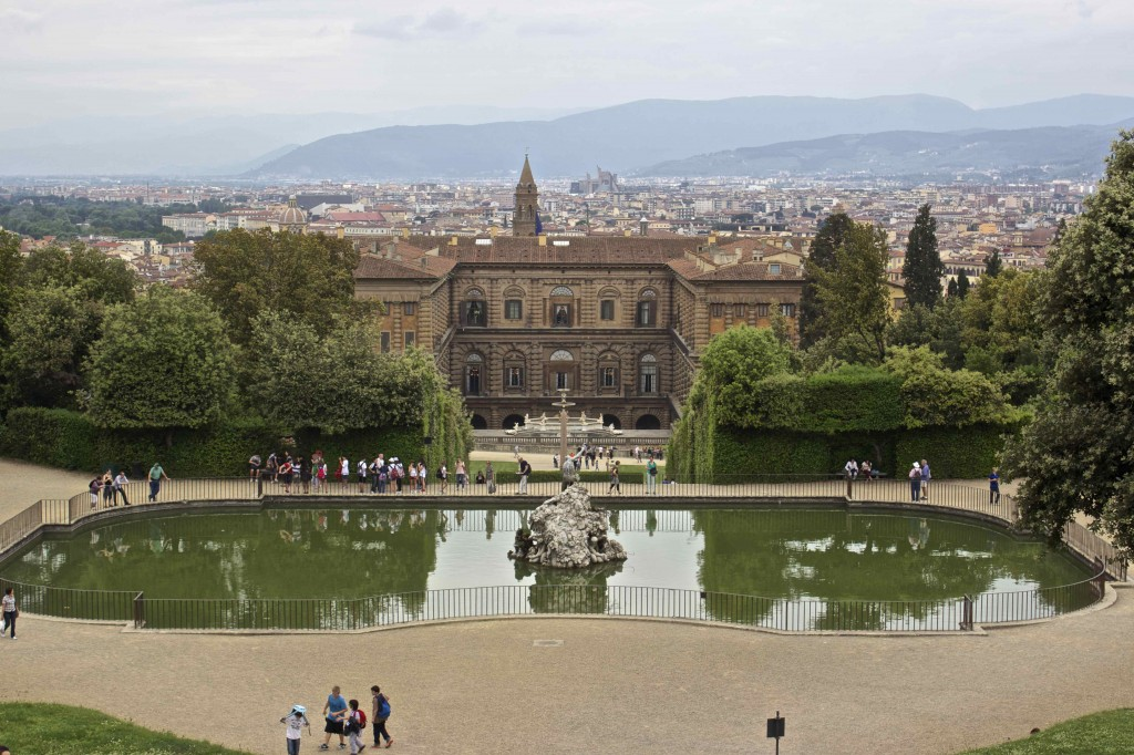 Looking down over the Boboli gardens.