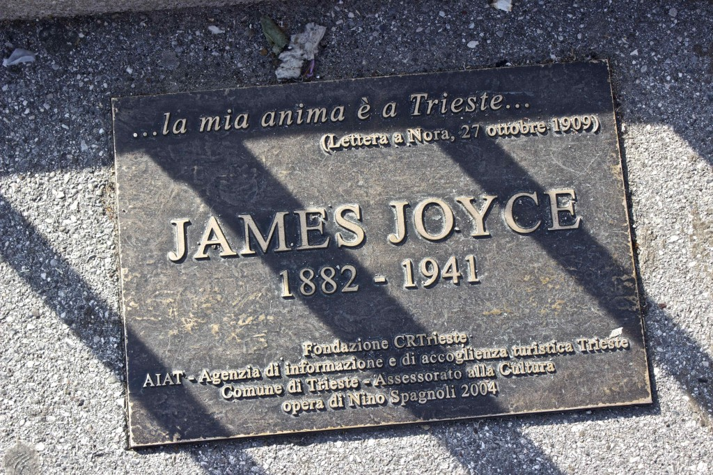 "A plaque to James Joyce quoting him to say ""my soul is in Trieste""."