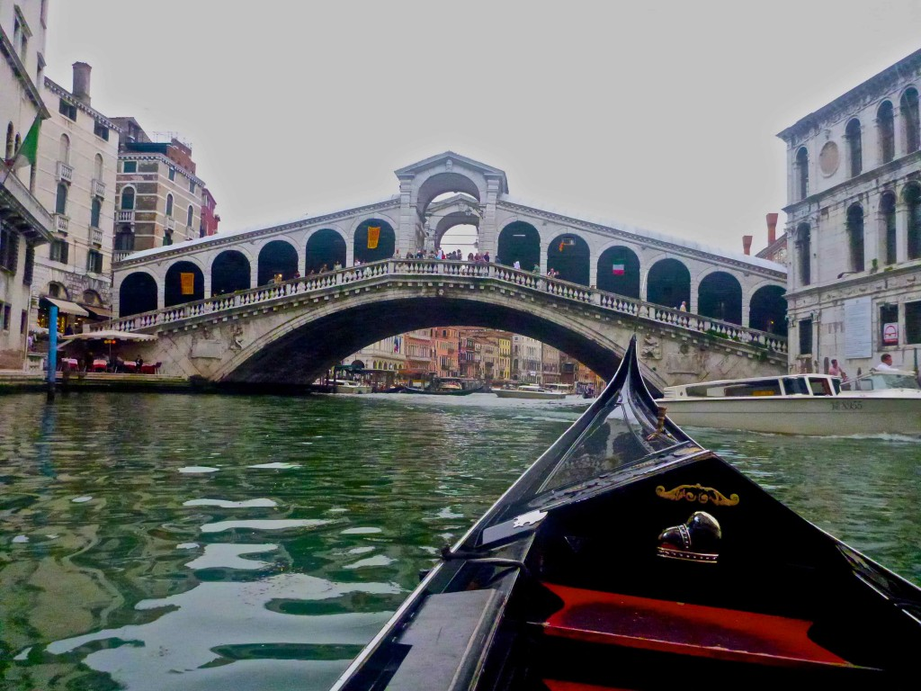 Approaching the Rialto in the gondola.